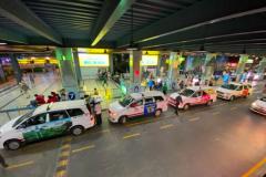 Mở thêm làn để xe công nghệ đón khách ở sân bay Tân Sơn Nhất