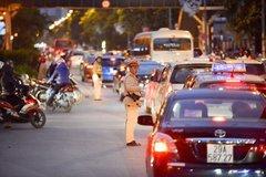 Gặp sự cố giao thông trong kỳ nghỉ lễ, người dân gọi ai, theo số nào?