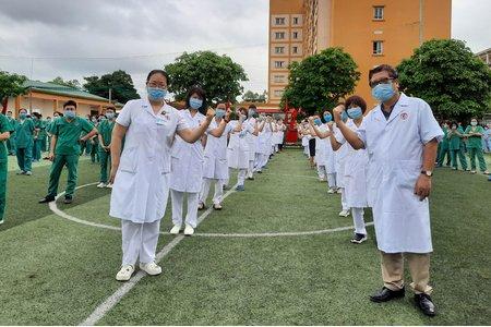 Các tập đoàn, doanh nghiệp trên cả nước ủng hộ Quỹ vaccine phòng COVID-19