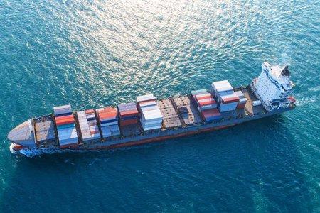Tháo gỡ những khó khăn về logistics, thiếu container cho doanh nghiệp