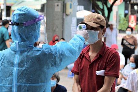 Ngày 6/7, cả nước có 1.029 ca mắc COVID-19 mới, TP.HCM vẫn đứng đầu số ca nhiễm
