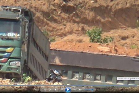 Hà Nội: Cần làm rõ dấu hiệu trục lợi kinh tế trong việc sử dụng đất san lấp trái phép tại Ba Vì