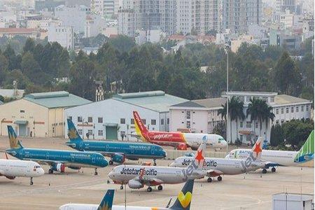 Dừng khai thác hầu hết chuyến bay chở khách đi và đến phía Nam