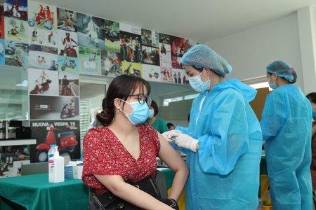 Hà Nội: 13 nhóm ưu tiên tiêm vaccine COVID-19