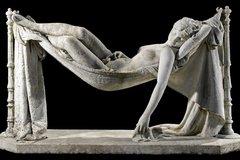 Bí mật sau những bức tượng tiền tỷ ở Bà Nà