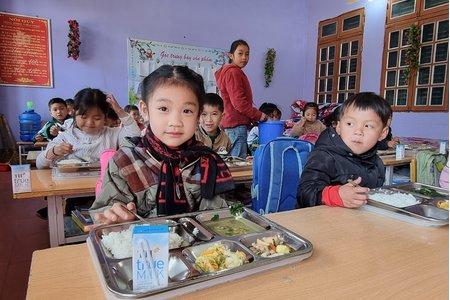 Từ mô hình điểm nhìn về những việc ''cần làm ngay'' cho bữa ăn học đường