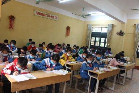 Học sinh đang ở vùng giãn cách sẽ được học tại nơi cư trú