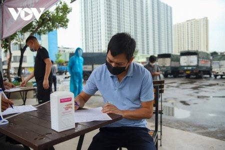 Hà Nội: Điểm trung chuyển hàng hóa cạnh Trường bắn Yên Sở bị bỏ quên?