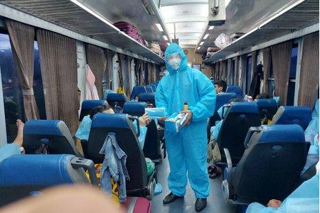 Chuyến tàu ''đặc biệt'' đưa 500 người dân Ninh Bình từ phía Nam về quê